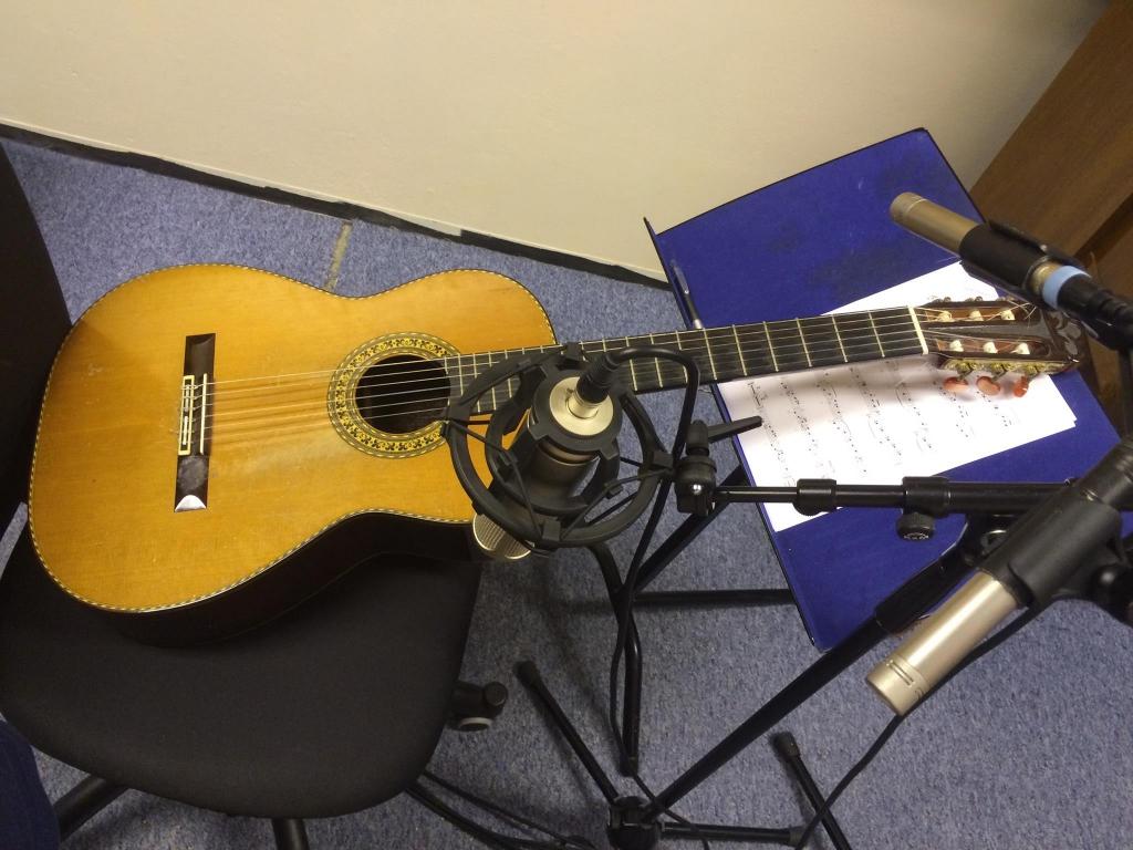 opptak med klassisk gitar